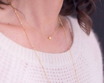 Gold Cube necklace, chain stitch gold