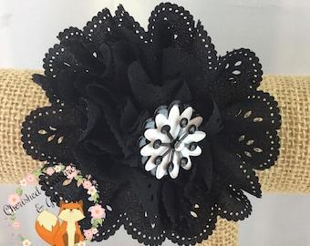 Black White Eyelet Flower Hair Clip