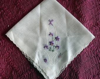 Handkerchief Hankie in White with Flower Basket & Purple Flowers Vintage Like New