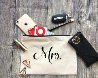 Mrs. Pouch / Cosmetic Bag, Bridesmaid Gift, Make Up Bag, Cosmetic Bag, Cosmetic make up, Bridesmaid Bag
