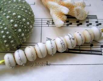 Simple Ivory - 10 x Handmade Lampworked Pure Silver Trailed Etched Seaglass Spacer Beads