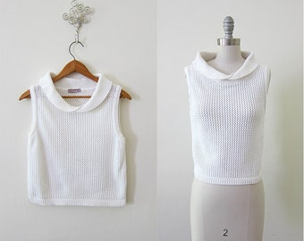 Vintage 1990s sleeveless white knit peter pan collar sweater top shirt