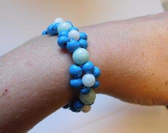 Blue Daisy Chain