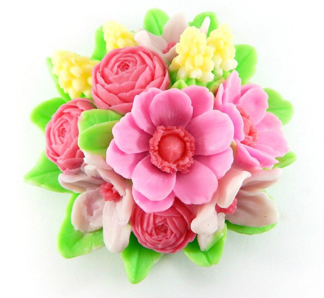 Mold bouquet of spring flowers amazing flowers in bouquet 3269 izmirmasajfo