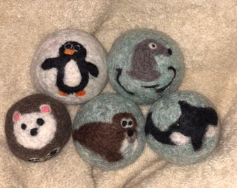 Set of 5 Dryer Balls! Handmade 100% Natural Wool Made From Upcycled Sweaters! Arctic Friends