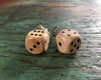 Wooden Dice Cufflinks / Custom cufflinks / Mens cufflinks / Personalized groom cufflinks / Wedding cufflinks / Boutons de manchette