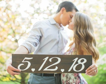 Wedding date sign