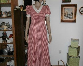 Womens  Dress- Maxi Dress Red &  White Check Casual Women's Dress- Jody Of California Vintage Dress
