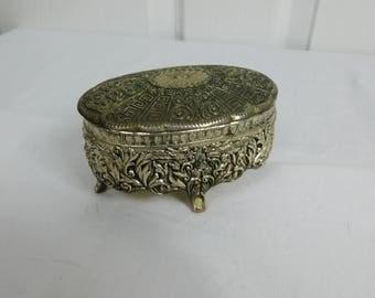Vintage Oriental Dragon Pattern Gaudy Metal Jewelry Box Made in Japan                 Bridesmaid box