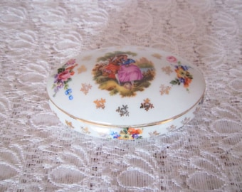 Limoges porcelain trinket box, jewellery box, Pin tray French vintage French décor Christmas gift- bonbonniere porcelaine de Limoges