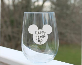 etched wine glasses, mickey mouse wine glasses,  disney wine glass, engraved wine glasses, disney, Etched wine glass, stemless wine glasses