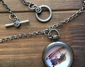 Steampunk Airship Necklace for Adventurers