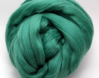 4 oz. Merino Wool Top - Loch - Ships Free