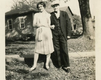 "Vintage photo 1927 Flapper ERa ""Sisters"" One Dressed as Man Cross Dress Lesbian int"