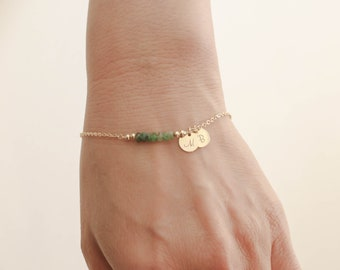 Emerald Bracelet. Initials Disc Gold Bracelet. May Birthstone. Emerald Bead Bracelet. Mom,Sister,Wife,Bridesmaid Gift.
