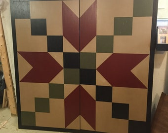PRiMiTiVe Hand-Painted Barn Quilt - 5' x 5' Stepping Stone Pattern (Cinder, Ivy and Black Version)