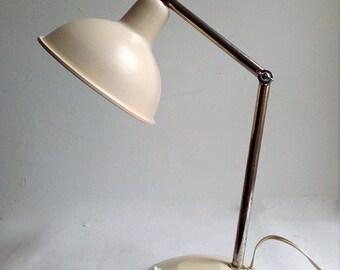 Vintage Beige Desk Lamp With Cromed Adjustable Arm. Vintage Desk/Table Lamp.