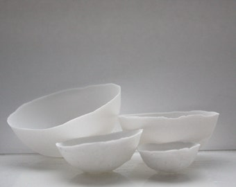 Set of 4 English fine bone china nesting stoneware bowls