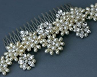 Brides Wedding Hair Pearl and Rhinestone Floral Comb made with Swarovski Crystal.