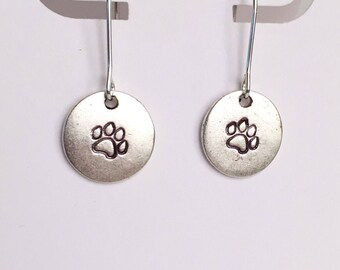 Multiple stamp choices, Petite gold or silver circle dangle earrings hand stamped