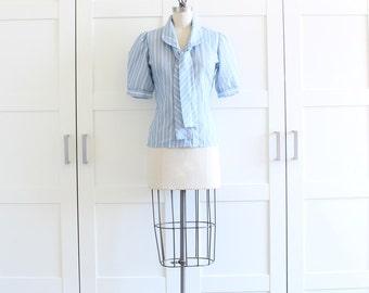 1970s Secretary Blouse / Vintage Blouse / 70s Necktie Blouse / Peter Pan Collar Candy Stripe Blouse / size Medium