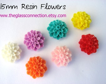 50 Jewelry Resin Flowers  Cabochons Dahlia 15mm Rings Cabs Cameo Beads
