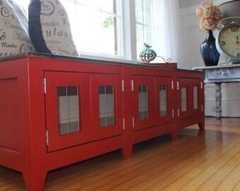 Paprika Red window bench