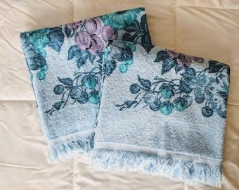 Vintage Pair of Blue Floral Bath Towels - Vintage Bath Towels - Blue Bathroom - Two Matching Towels