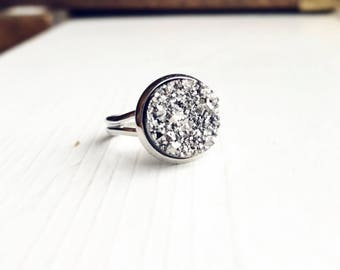 Boho Silver Druzy Ring / Faux Druzy Adjustable Ring Bohemian Style Raw Druzy Jewelry Gray Grey Gift for Women Teens Bridesmaids Gift