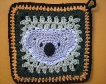 Koala square - rugalugs crochet pattern