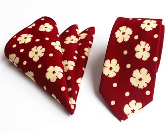 Red Maroon Floral Skinny Tie & Pocket Square | floral tie | flower tie | skinny tie | wedding tie | wedding ideas | ideas | groom | red tie
