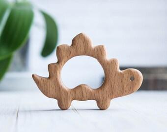 Biologische houten Bijtring. Beuken dinosaurus tandjes speelgoed.  Handgesneden Bijtring. Natuurlijke Baby speelgoed. Eco vriendelijke baby speelgoed. Pasgeboren geschenk.