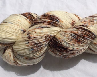 """SW BFL 150g """"Chocolate Chips"""" hand dyed Fingering/Sock yarn"""