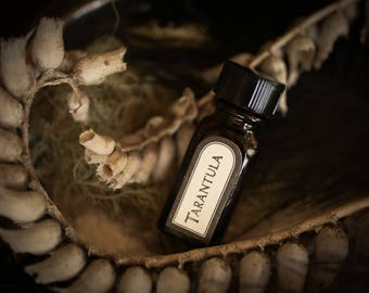 Tarantula - natural perfume oil with rose, white lotus, earthy roots, blackberry, plum, sandalwood, natural vegan perfume