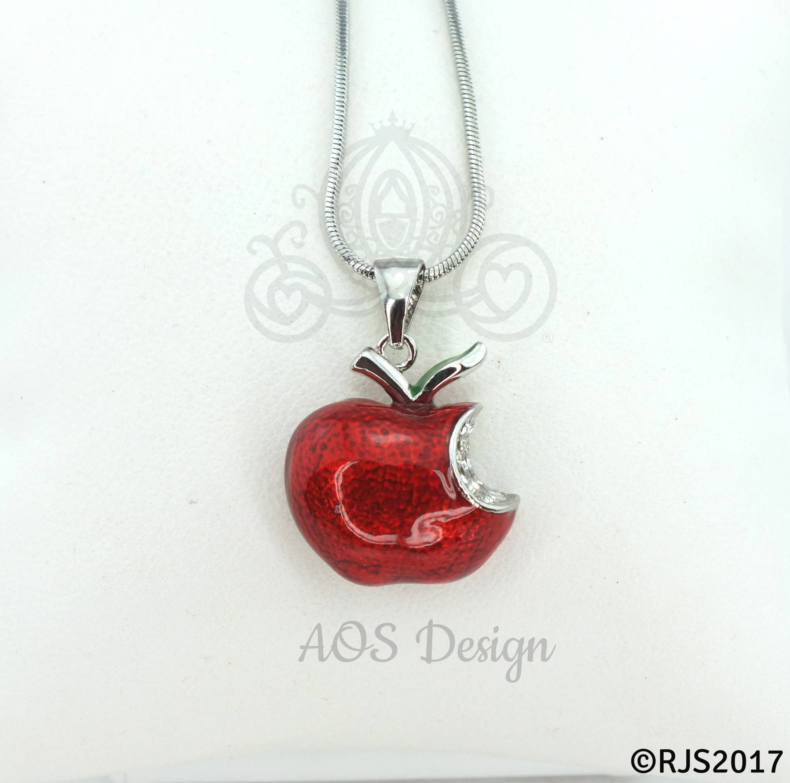 jewelry jewish shema christian stone products red shawl mishkan pendant the heart with gifts engraved prayer hatchelet in nano ruby israel christ yisrael necklace