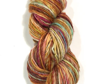 Single ply worsted weight yarn | 4oz. 220yards | Soft | Warm | Handdyed | Handspun Yarn | Cheviot wool | Hole