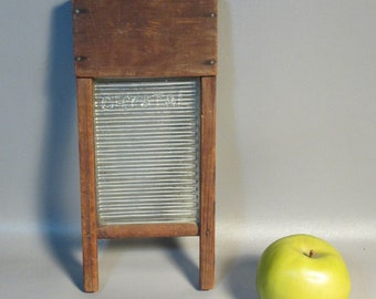 Rare Antique Miniature Green Glass Washboard Salesmens Sample By Crystal