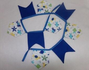 Garland pennants sea pattern
