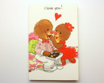 "Vintage 1992 Suzy's Zoo ""I love you!"" Greeting Card w/ Emily & Ollie Marmot by Suzy Spafford - Printed in the U.S.A."
