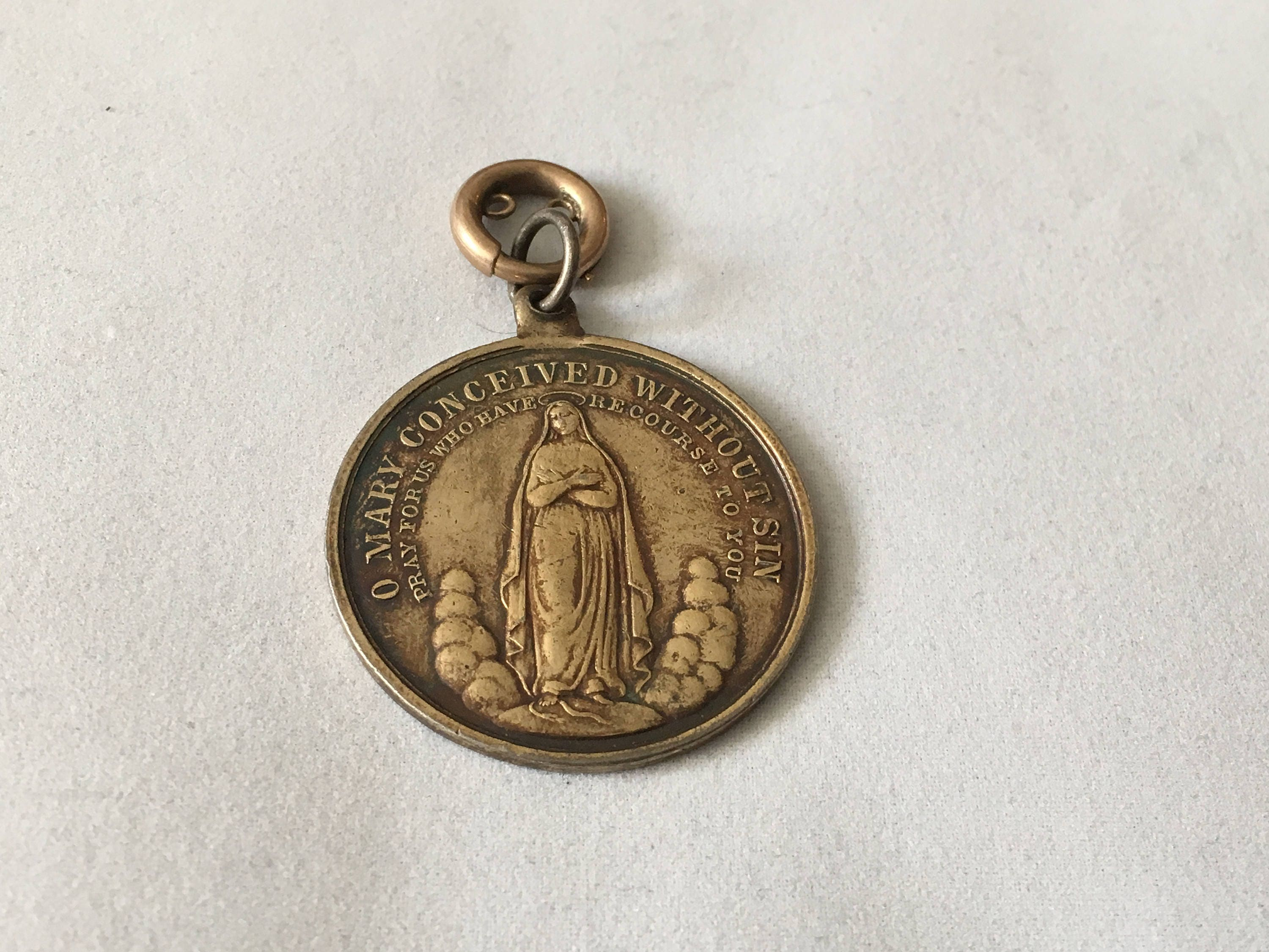 vintage mexico virgin necklace sterling mary pendant pin silver