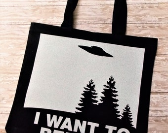 x-files bag, canvas tote, Fox Mulder poster, I want to believe, UFOs, Aliens, conspiracy theory, sci-fi gift, retro tv, pop culture, 1990s