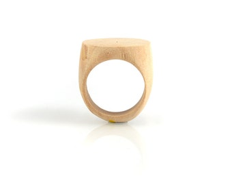 UNFINISHED WOOD RING - Unfinished Signet Flat Carved Natural Wood Ring (1.8cm inner diameter)