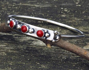 Red coral bangle bracelet / sterling silver bracelet / gift for her / jewelry sale / red stone bracelet / three stone bracelet / boho bangle