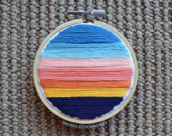 """Abstract Sunset - 3"""" Hooped Embroidery"""