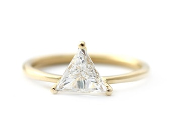 Trillion Cut Engagement Ring,Trillion Cut Diamond Ring,Diamond Ring In Prong Setting,Solitaire Triangle Cut Diamond Band,Prongs Diamond Ring