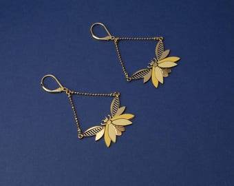 Insecte formica earrings. Jewelry designed and made in Paris/France. Totally handmade. 24k gold. Elegant Wedding
