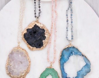 Natural druzy stone pendant with 4mm glass bead necklace.