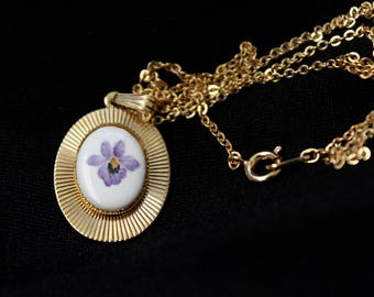 Patricia Whitchurch - Hand Painted - Porcelain - Necklace - Gold Toned