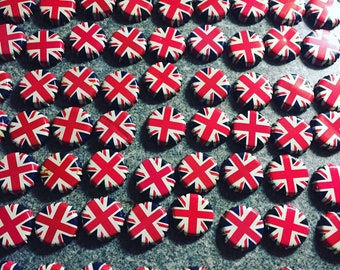 20 Union Jack Bottle Caps - Royal Wedding Craft Ideas
