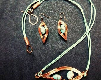 Turquoise&Copper Necklace and Earrings Set